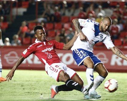 Nàstic y Tenerife empatan en el cierre de la primera jornada de LaLiga 1/2/3