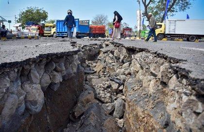 Aumenta a 506 el número de muertos por los terremotos de la isla de Lombok, en Indonesia
