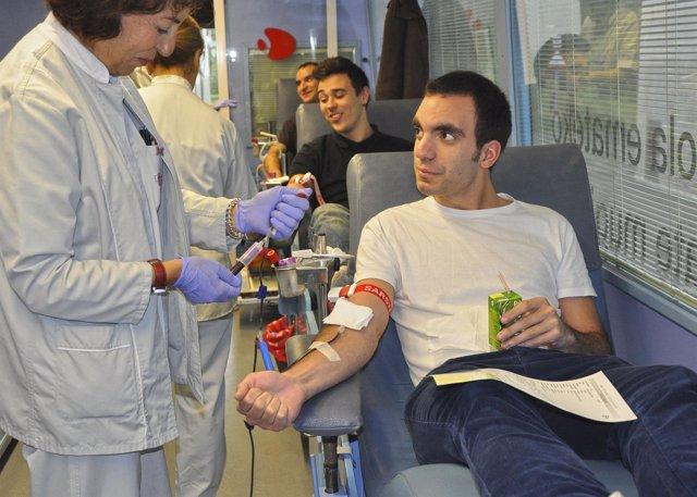 Extracción de sangre a un donante