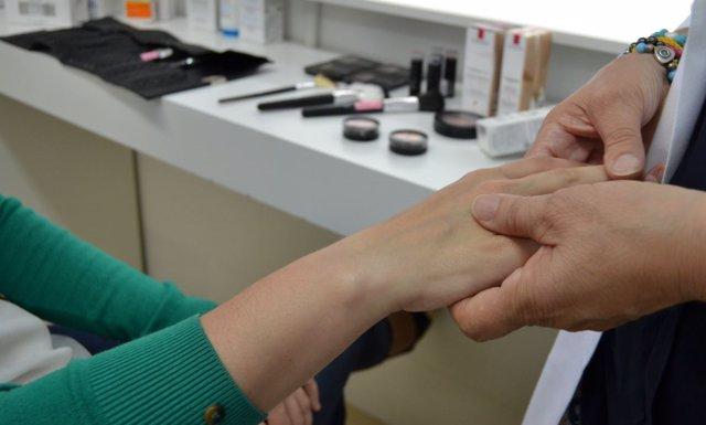 Proyecto ' Ponte guapa, te sentirás mejor', para pacientes de oncología