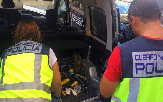 Detenida una mujer en Alicante por el crimen de su marido, con el que se casó hace dos semanas