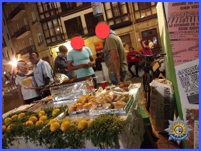 Puesto de venta ambulante de comida en fiestas de Bilbao
