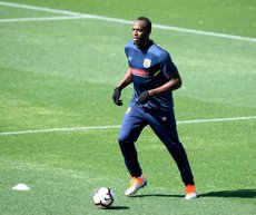 Bolt s'entrena al futbol per primera vegada amb un equip australià (REUTERS)