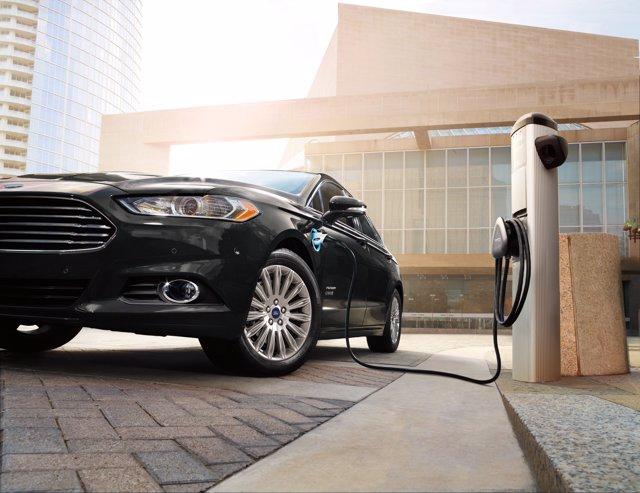 Ford Fusion Energi 2015