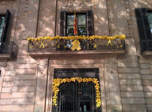 Fachada de la sede de la Conselleria de Cultura de la Generalitat