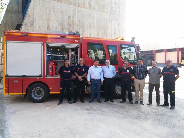 Alcalde de Albacete con nuevo vehículo de bomberos