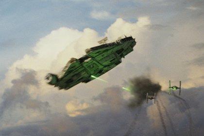 Star Wars 9: Filtrada una misteriosa imagen del Halcón Milenario desde el set de rodaje