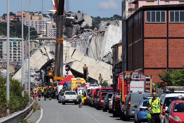 Puente derrumbado en Génova