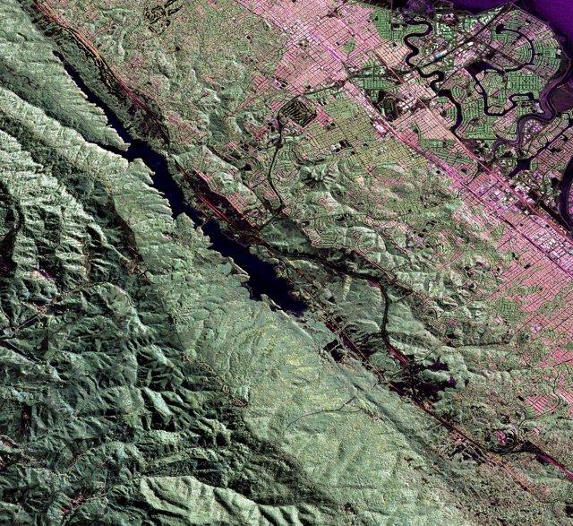Imagen de radar de la falla de San Andrés de California