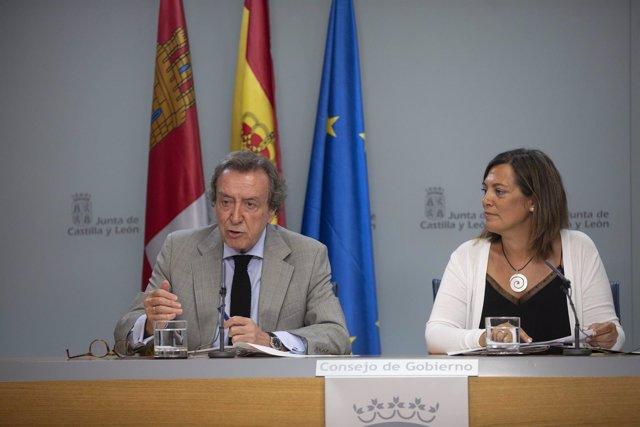 Marcos y De Santiago-Juárez tras el Consejo de Gobierno
