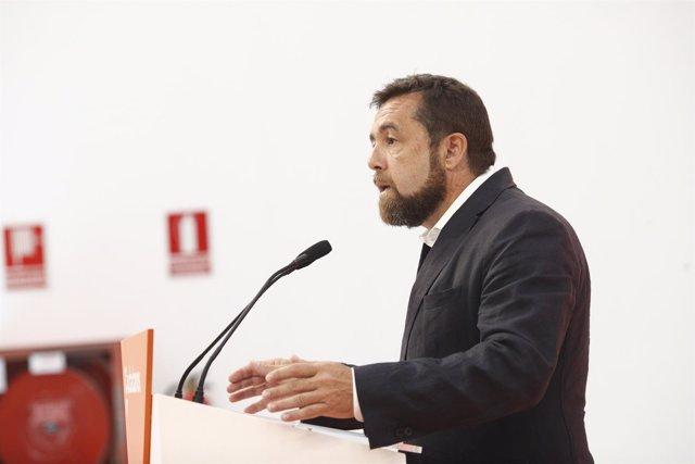 El secretario general del grupo parlamentario de Ciudadanos, Miguel Gutiérrez, a