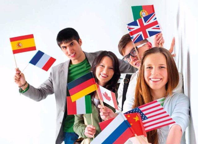 Estudiantes de idiomas. Idiomas. Erasmus. Bilingüísmo. Bilingüe.