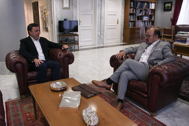 Reunión presidente de la Diputación y rector de la USC