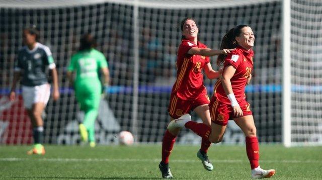Las jugadoras de la selección española sub-20 celebran un gol