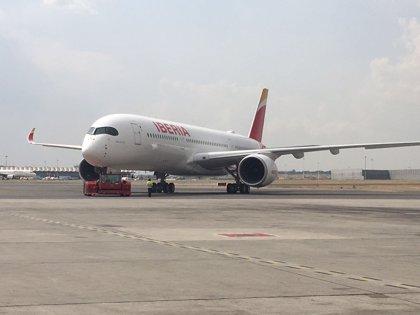 Iberia estrena su segundo A350-900, dedicado a Paco de Lucía, con un viaje a Londres