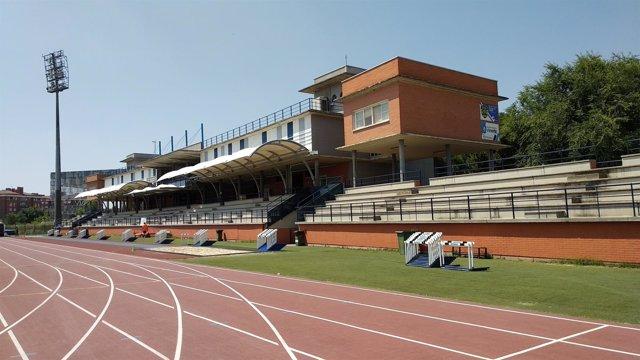Pista de atletismo del polideportivo Juan de la Cierva