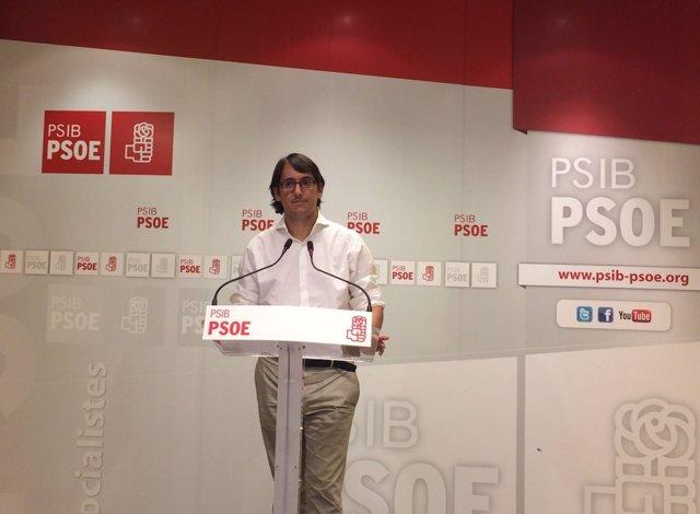 Iago Negueruela, portavoz del PSIB