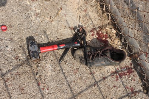 Material utilizado contra los agentes en el salto a la valla de Ceuta