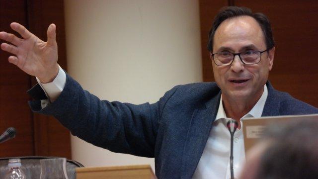 El titular de Hacienda, Vicent Soler, comparece en Les Corts