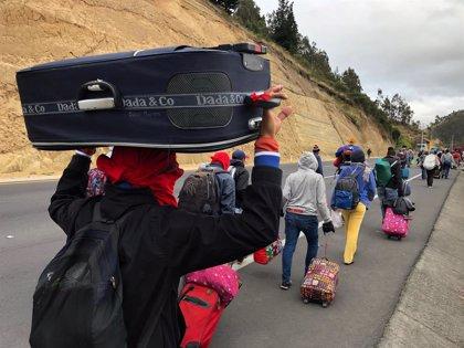 La ONU pide más apoyo a los migrantes venezolanos tras el refuerzo de los controles en Ecuador y Perú