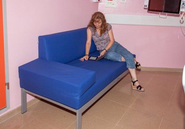 Nuevos sillones instalados en oncología pedriátrica del HUVR