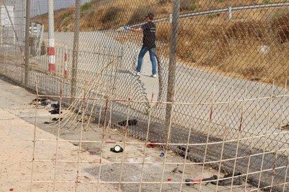 """Más de 40 entidades sociales acusan al Gobierno de hacer """"devoluciones en caliente en diferido"""" a los 116 migrantes"""