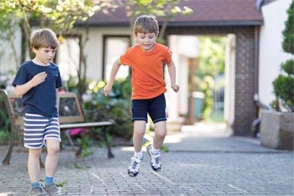 Cómo hacer a los niños más inteligentes en la calle