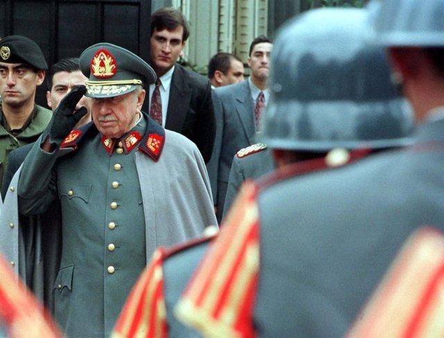 La familia de Augusto Pinochet deberá devolver 1,6 millones de dólares