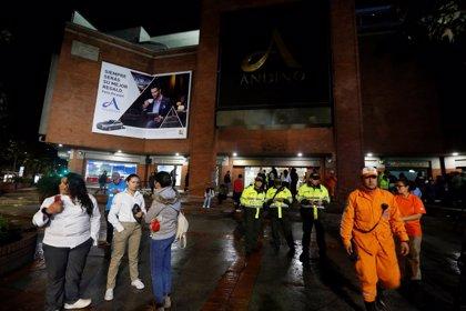 Dejan en libertad a 11 personas procesadas por el atentado del centro comercial Andino en Bogotá, Colombia