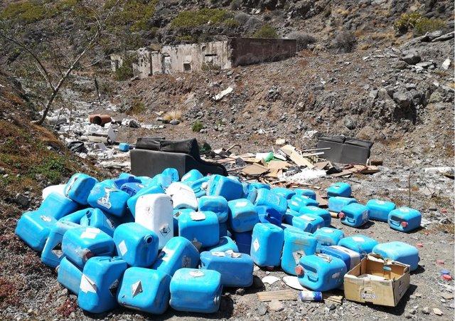 Envases de residuos tóxicos