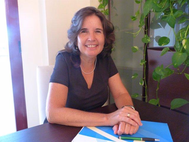 Imagen de la decana Mª José Catalán Frías