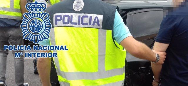 """[Grupocanarias] Nota De Prensa """"La Policía Nacional Detiene A 4 Hombres Reclamad"""