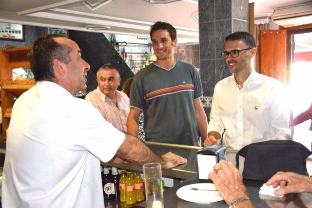 José Carlos Durán en una cafetería de Casabermeja