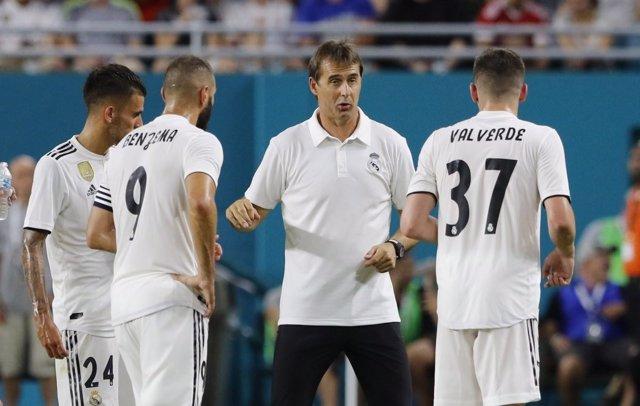 El entrenador del Real Madrid, Julen Lopetegui, durante un entrenamiento