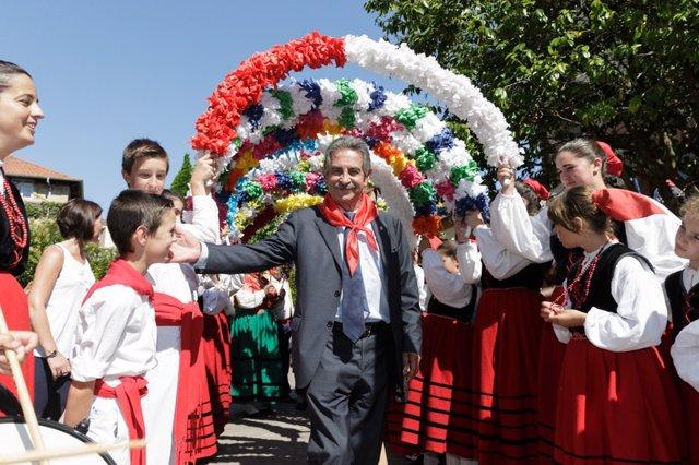 Miguel Ángel Revilla en el Día de Cantabria