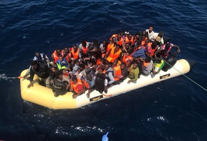 Ya van 62 inmigrantes rescatados este domingo en las costas andaluzas