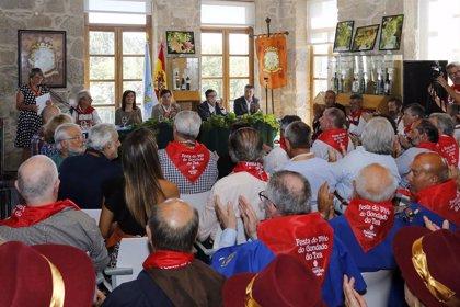 Ángeles Vázquez destaca la calidad y proyección de la D.O. Rías Baixas en la Festa do Viño de Condado do Tea