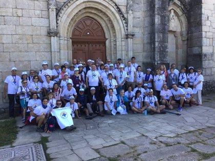 Familiares y afectados por el Déficit de Alfa-1 Antitripsina inician en Sarria el Camino de Santiago