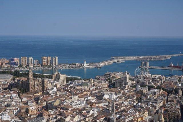 Panorámica De Málaga, Turismo, Turistas, Costa Del Sol