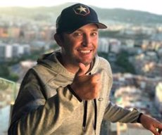 Kenny Noyes llança un 'crowdfunding' per pagar la recuperació del seu accident (GOFUNDME)