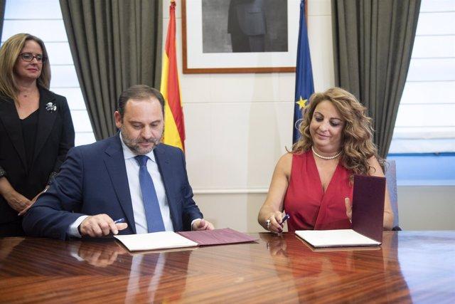 José Luis Ábalos y Cristina Valido