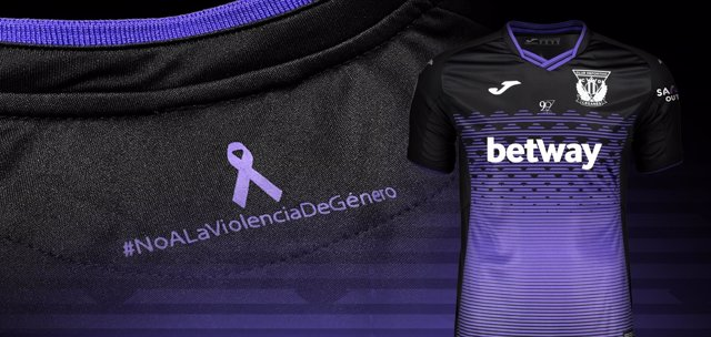 Camiseta del Leganés contra la Violencia de Género