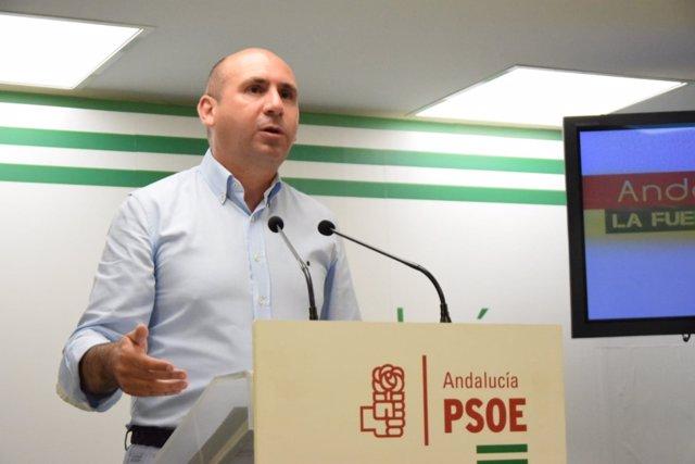 Francisco Conejo en rueda de prensa en Málaga