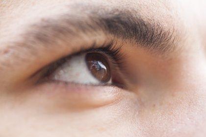 ¿Qué factores intervienen en la aparición del ojo seco?