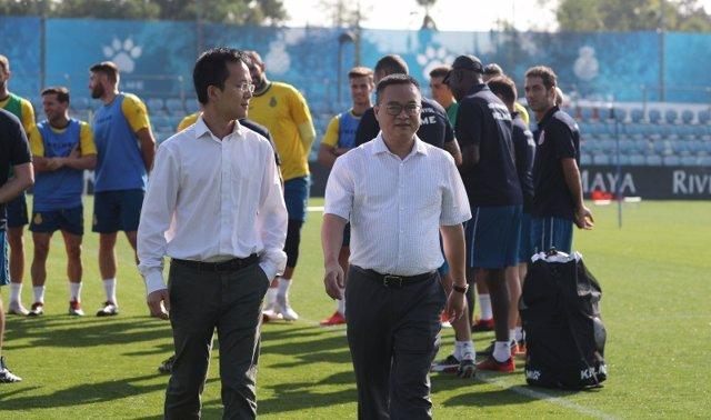 Visita del presidente del RCD Espanyol Chen Yansheng al equipo