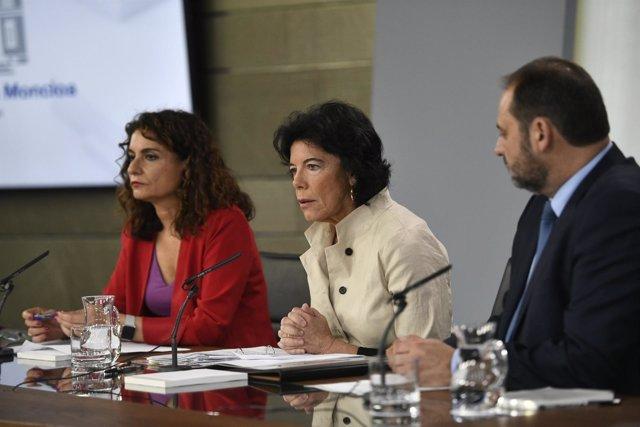 Rueda de prensa de María Jesús Montero, Isabel Celaá y José Luis Ábalos