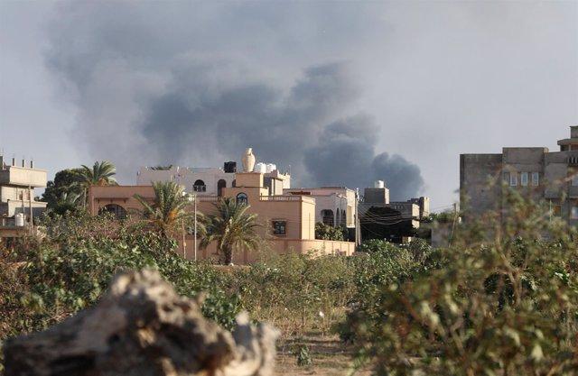 Enfrentamientos entre facciones rivales en Trípoli
