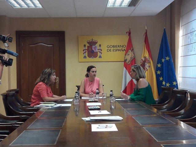 Valladolid.- Reunión entre Virginia Barcones, Pilar del Olmo e Iratxe García