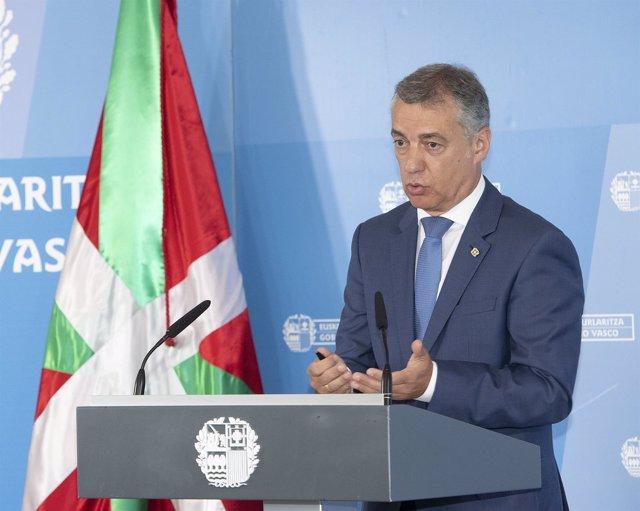 El Lehendakari tras el Consejo de Gobierno del Palacio Miramar