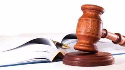 Cesan a tres jueces del Tribunal Contencioso Electoral de Ecuador